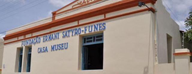 ESPEP em parceria com a FUNES parceria promovem Curso de Secretariado em Patos.